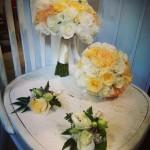 Bukiety i przypinki ślubne