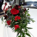 Dekoracja auta ślubnego